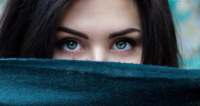 jak podkreślić oczy